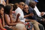 Tổng thống Obama đi xem bóng chày, cứng rắn trước vụ khủng bố Bỉ