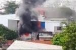 TP. HCM: Bà bồng cháu 2 tuổi tháo chạy khỏi căn nhà rực lửa