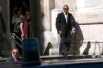 Obama xuat hien day phong cach o kinh do thoi trang Milan hinh anh 10
