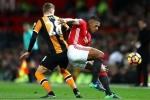 Hàng công vô duyên, Man Utd bị nhược tiểu cầm hòa