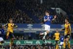 Alexis Sanchez lập công, Arsenal vẫn thua đau Everton
