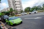 Đại gia Sài Gòn mang siêu xe ra phơi