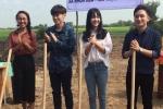 Phan Mạnh Quỳnh đi làm từ thiện trước ngày ở ẩn