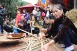 Mù mịt khói rơm lễ hội thổi cơm làng Thị Cấm