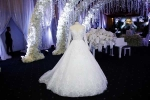 Cận cảnh váy cưới 10.000 USD được Trấn Thành đặt thiết kế riêng cho Hari Won
