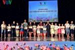 Khen thưởng 1.439 học sinh giỏi là con em cán bộ, nhân viên VOV