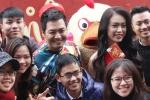 MC Phan Anh, người đẹp Phùng Bảo Ngọc Vân trong 'vòng vây' sinh viên Ngoại thương cùng 'Đánh thức Tết'