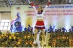 Video: Nữ sinh An ninh nhảy cổ động không thua kém vũ công chuyên nghiệp