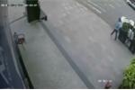 Bắt Việt kiều Mỹ nghi trộm ô tô của người phụ nữ đang rút tiền tại cây ATM