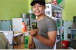Thắng giải 100 triệu đồng, hot boy trà sữa vẫn buôn bán xuyên Tết