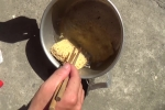 Video: Hà Nội nắng nóng kỷ lục khiến nước lã để ngoài trời có thể nấu chín mỳ tôm