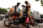 CSGT truy bắt xe 'hết đát' trên phố Sài Gòn