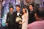 Quang Vinh vui mừng trong đám cưới cô em út hot girl