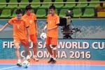 Tuyển Futsal Việt Nam mệt mỏi bay nối chuyến suốt nửa ngày
