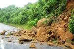 Clip sạt lở, đá lăn chết người ở Điện Biên, Thái Nguyên