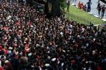 Chục nghìn người chen lấn kinh hoàng, tranh giành mua vé xem chung kết AFF Cup 2016