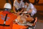 Tàu cứu hộ đưa thuyền viên gặp nạn trên biển vào bờ