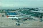 Hành khách tố nhân viên hàng không nhặt được 5.200USD không trả: Công an vào cuộc
