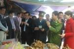 Cảnh vệ túc trực kiểm tra độc chất, bảo đảm an toàn bếp ăn Đại hội Đảng
