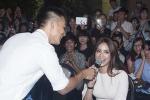 Đức Tuấn bất ngờ mời Phạm Hương song ca 'Cô gái đến từ hôm qua'