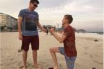 Olympic 2016: Nam VĐV đồng tính cầu hôn bạn trai trên bãi biển