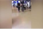 Phẫn nộ clip côn đồ vô cớ đạp phụ nữ ngã dúi dụi rồi bỏ chạy