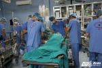 Hàng trăm bác sỹ 'nín thở' thực hiện cùng lúc 4 ca ghép tạng trong đêm