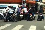 Dàn cảnh tai nạn, cướp giật kinh hoàng trên phố Hà Nội