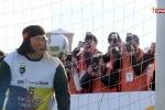 Video: Siêu thủ môn béo ú hứng 10 cú sút trong 1 phút