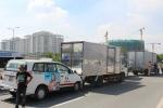 Xe tải mất lái, 5 ô tô tông nhau liên hoàn trên đại lộ ở Sài Gòn