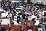 Người Việt hồi hộp chờ ô tô Nga giá rẻ