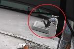 Người đàn ông chết oan ức khi đón xe buýt: Phải xử lý hình sự những kẻ tắc trách, bừa bãi