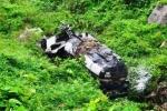 Xe bồn lao xuống vực đèo Hải Vân, hai người thương vong