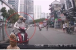 Đi ngược chiều bị tài xế ô tô nhắc nhở, cô gái đáp trả 'đâm chết thì thôi'