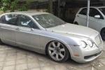 Siêu xe sang Bentley hơn 10 tỷ đồng 'vứt chỏng chơ' tại Hà Nội