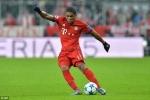 Siêu sao Bayern sút phạt đền theo cách có một không hai