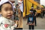 Đang chở con nhỏ, bố bị nhóm giang hồ đâm chết: Bé gái liên tục gọi tên cha trong tang lễ
