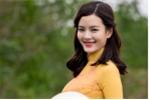 Nữ sinh Ngoại thương cao như siêu mẫu 'thả dáng' trên Suối Yến