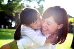 Nghiên cứu mới: Sinh con gái 'có lãi' hơn con trai