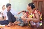 Những mối tình 'xuyên biên giới' đầy lãng mạn ở vùng biên Campuchia