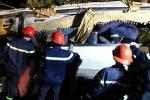 Ảnh: Cứu hộ xe khách lao xuống vực ở Lào Cai, 23 người thương vong