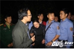 Lật tàu thảm khốc ở Huế: Vợ phó tàu SE2 khóc ngất nơi chồng tử nạn