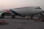 Máy bay Malaysia hạ cánh khẩn ở Hồng Kông