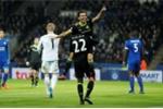 Marcos Alonso lập cú đúp, Chelsea nhấn chìm Leicester