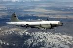 Chiến cơ Trung Quốc áp sát máy bay Mỹ trên biển Hoa Đông