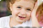 Triệu chứng của bé mọc răng