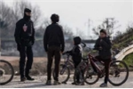 Rúng động 7 cậu trai bị cưỡng hiếp tại trại tị nạn của Pháp