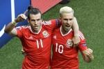 Gareth Bale làm khổ Bắc Ailen, Xứ Wales vào tứ kết Euro 2016