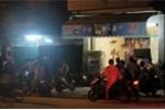 Hàng chụccảnh sát đột kích 'động' cá độ 'núp bóng' quán cà phê