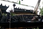 Bến Tre: 13 tàu du lịch trên sông Tiền bị cháy rụi